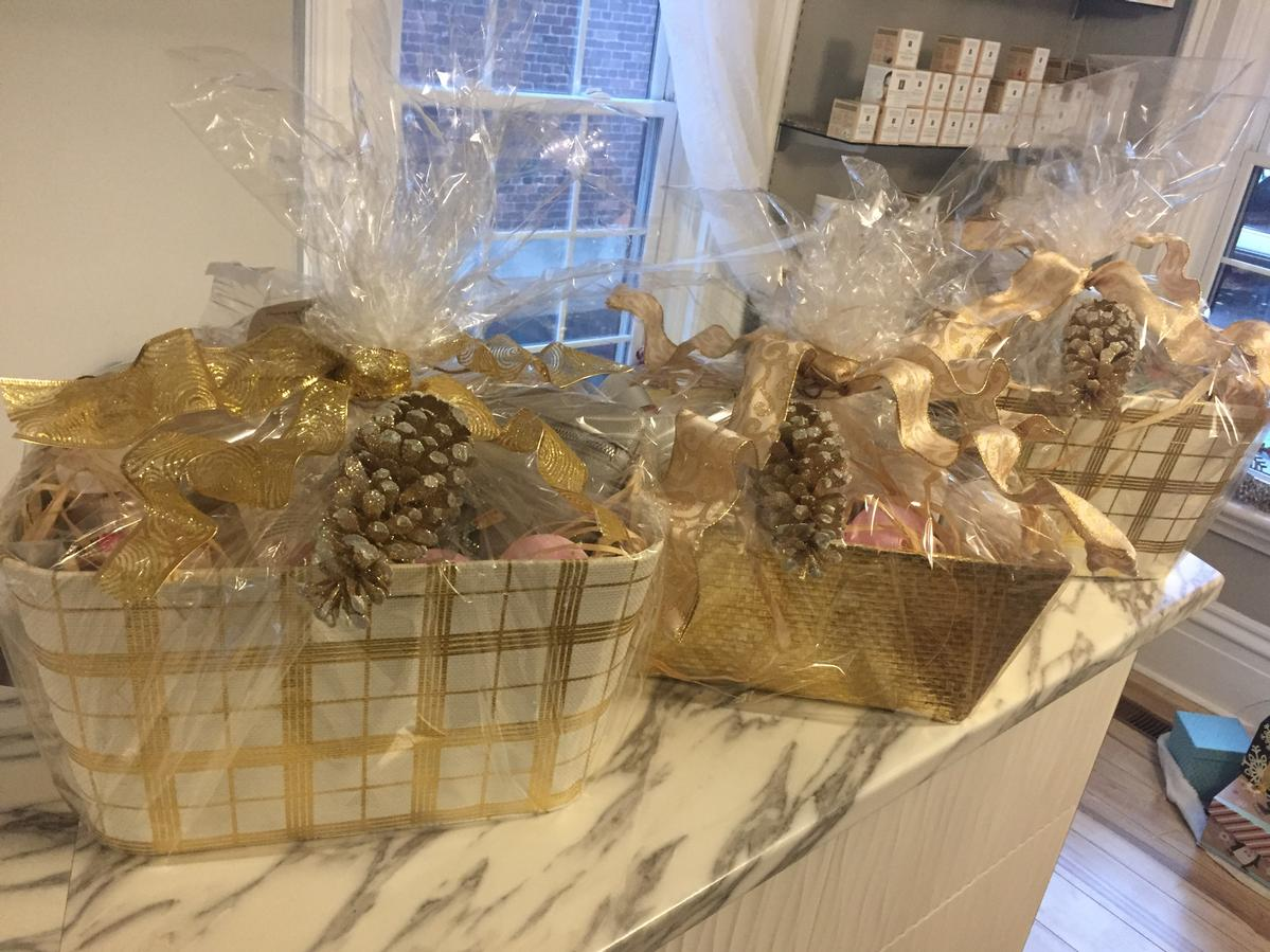 Heavenly Touch Spa Brockville Ontario Gift Baskets